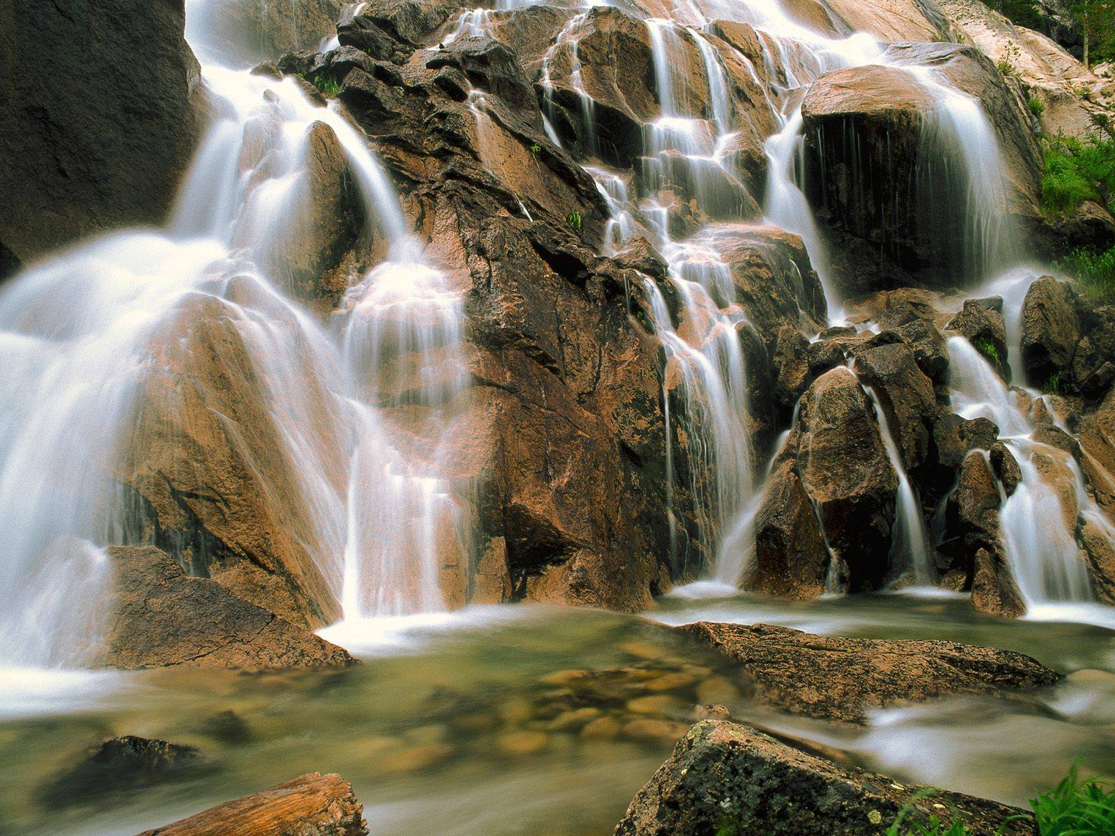 http://grandcanyon.free.fr/images/cascade/original/Cool%20Water,%20Sawtooth%20Wilderness,%20Idaho.jpg